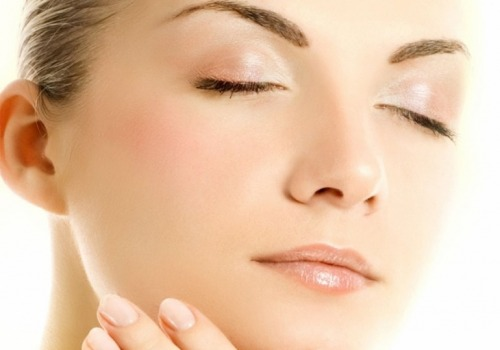 Redefining the facial oval with the new face filler
